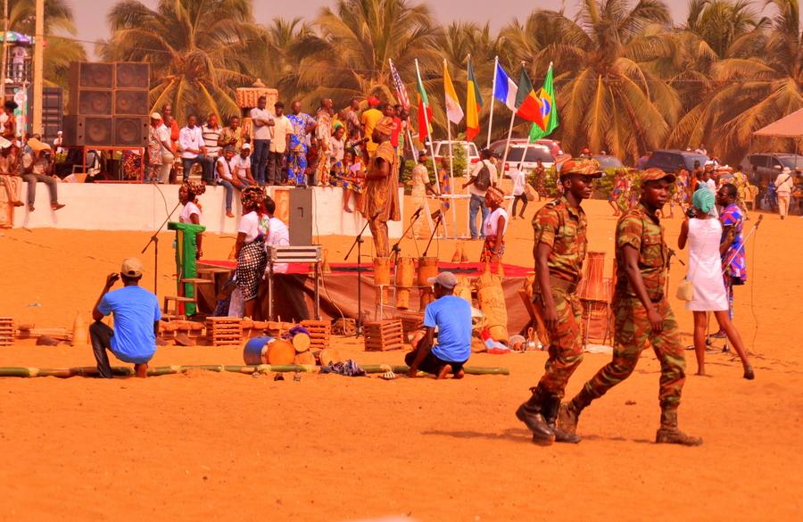 Festival Vodoo Internazionale di Ouidah in Benin schiavi e porta di non ritorno