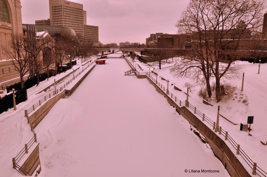 Canada on the road in inverno ottawa canale pattini