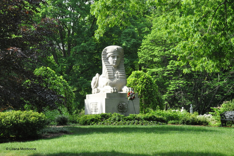 Cosa vedere a Boston Mount Auburn Cemetery sfinge