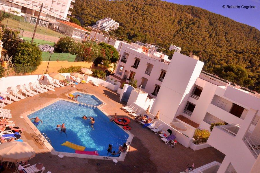 Consigli utili per organizzare un viaggio a Ibiza appartamenti e hotel